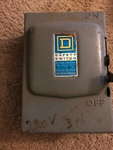 Square D D322n Safety Disconnect Switch Fused Enclosed 60a 240v Cat D 322 N