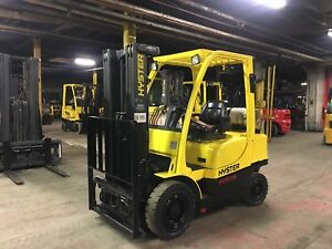 2011 Hyster 5000 Lb Solid Pneumatic Forklift With Side Shift And Triple Mast