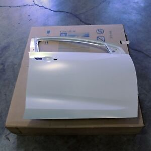 84025421 Door Shell Front Right White Primer New Oem Gm 2016 18 Chevy Volt