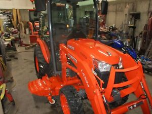 Kubota B3350 Cab Tractor 4x4 Quick Attach Loader Bucket Belly Mower