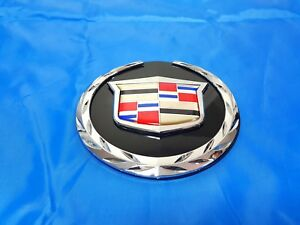 1pc New 2007 2014 Cadillac Escalade Front Grille Emblem For Cadillac 22985035 Gm