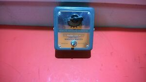 Honeywell S443a 1007 Manual Potentiometer W dpdt Toggle Switch