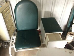 Winco Padded Large Blood Draw Phlebotomy Medical Chair