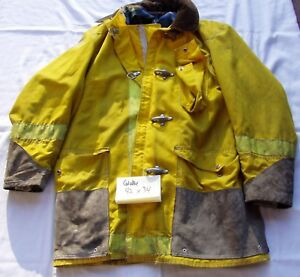 Globe Firefighter Turnout Coat Bunker Gear Jacket Size 44 X 34 Fire Protection