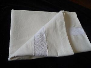 Unused Laundered Vintage French Metis Linen Sheet With White Crochet Insert