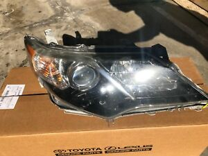 2012 2013 2014 Toyota Camry Se Black Bezel Right Headlight Halogen Oem
