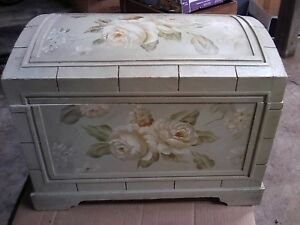 Wooden Wood Box Chest Hand Painted Flowers Felt Lined Made In China