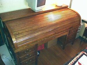 Antique Lawyers Oak Rolltop Desk Quarter Sawn Rolls Smoothly Nice Finish