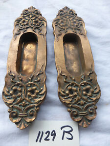 Vintage Antique Ornate Y T Heavy Cast Bronze Brass Pocket Door Pulls Back Plat
