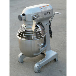 Hobart 20 Quart A200t Mixer With Bowl Guard Used Great Condition