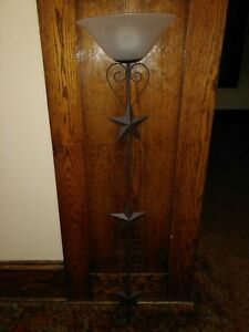 Primitive Wall Lamp With Remote