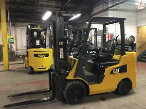 2015 Cat 6000 Lb Forklift With Side Shift And Triple Mast
