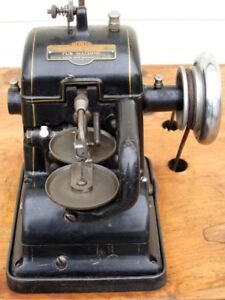 Bonis Brothers Never Stop Fur Sewing Machine Model A