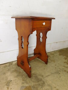 Vintage Mid Century Cushman Ruddy Solid Rock Maple Open Night Stand End Table