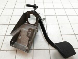 2011 2014 2012 2013 Ford F150 F 150 Brake Stop Pedal Assembly 3323