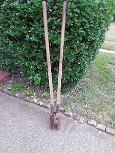 Old Farm Tool Functional Manual Post Hole Digger Wood Handles Rusty 58