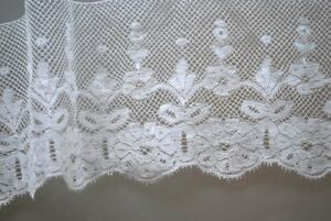 Estate Hand Done French Valenciennes Edging Lace