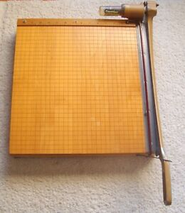 Ingento Maple Guillotine Paper Cutter 1142 Nice Condition inv151