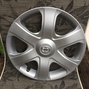 Oem 2009 2010 Toyota Matrix Hubcap Wheel Cover 42621 02101 Free S