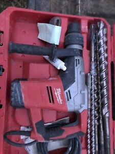 Milwaukee 5317 20 1 9 16 Sds Max Rotary Hammer Drill in Case With Extras