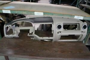 2004 Ford Expedition Dash Instrument Panel W air Vents X5213