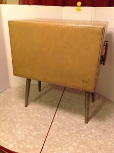 Vintage Vinyl Record Storage Cabinet Carrying Case Tapered Retro Mid Century