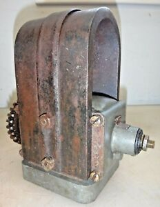 Associated Magneto 4 Bolt With Gear For Hit And Miss Old Gas Engine Mag