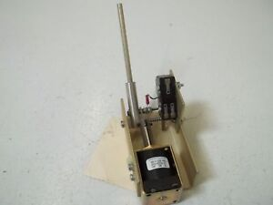Universal Voltronics Corp 85 2 855 695 Solenoid Assy used