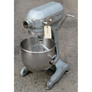 Hobart 20 Quart A200 Mixer Used Excellent Condition