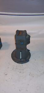 Viking Hydraulic Pump With Base Lot 0078