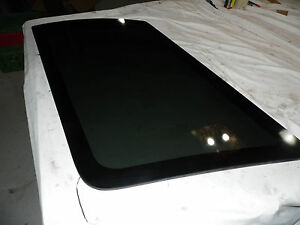 Oem 97 03 Ford Expedition Rear Passenger s Cargo Bay Window Glass Pane Panel Rh
