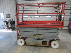 2007 Skyjack 3226 Platform Scissor Lift Vertical Manlift Aerial Lift Jlg Iowa
