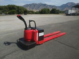 Raymond Electric Pallet Jack Model 8400 Capacity 8000 Lbs 8 Ft Foot Forks
