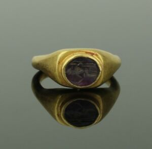 Ancient Roman Gold Amethyst Intaglio Ring Zeus Circa 2nd Century Ad 092