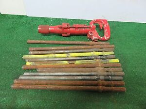 Chicago Pneumatic Air Chipping Hammer 4l047 With 12 Piece