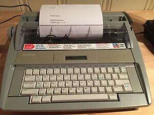 Brother Sx 4000 Electronic Typewriter With Manual