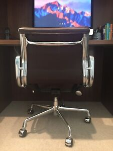 Authentic Eames Herman Miller Soft Pad Management Chair Brown Mcl Leather Mint