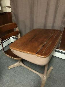 Vtg Midcentury Child School Desk With Attached Swivel Chair Iron And Oak Wood