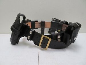 Galls Leather Police Duty Belt Size 38 W 7 Accessories Incl Gould Safariland