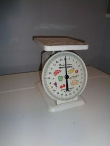Vintage American Family Kitchen Platform Scale 25 Lbs White Shabby Chic