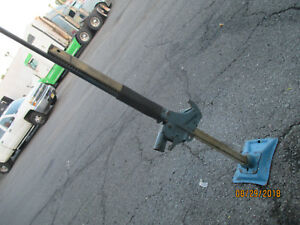 1985 1989 Lincoln Town Car bumper Jack stand Base rod Ford Oem