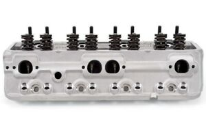 Edelbrock 5073 E Street Cylinder Head 70cc Pair Small Block Chevy Sbc