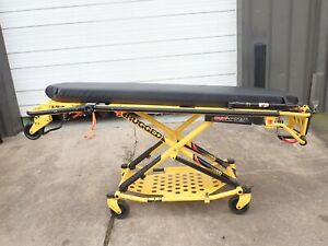 Stryker Medical 6081 Mx pro R3 Ambulance Stretcher Cot 600 Lbs Nice Condition