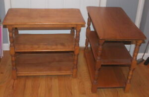 Nice Vintage Pair Of Cushman Colonial Creations End Tables