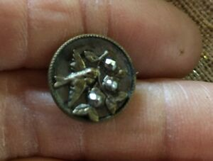 Lovely Antique Victorian Metal Picture Button Bird W Flowers Cut Steels