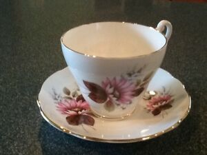 Royal Ascot Bone China England Tea Cup And Saucer Vintage