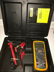 Fluke 1577 Multimeter With Probe Hard Case And Accessories Nice