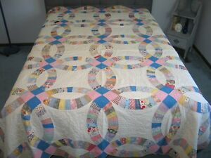 Antique Double Wedding Ring Quilt Vintage Quilt 1930 1940s Feedsack Cotton Print