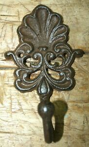 3 Cast Iron Antique Style Victorian Coat Hooks Hat Hook Rack Towel Clam Shell
