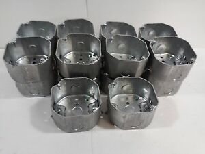 Steel City 4 Octagon Boxes 2 1 8 Deep With Romex Clamps 54171 n lot Of 18